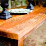 Almacenar muebles de madera en el trastero